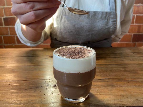 Chocolate a la taza bean-to-bar molido